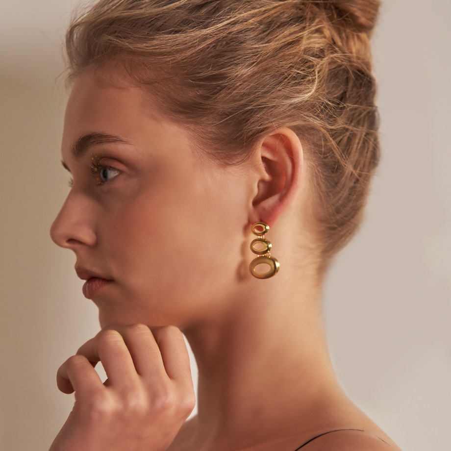 SATLE EARRINGS